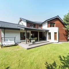 Dom który może się podobać : styl , w kategorii Dom jednorodzinny zaprojektowany przez Pro-Plan-Foto