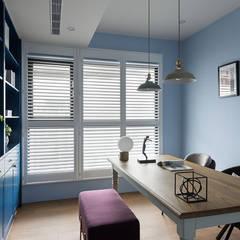 英式藍調:  書房/辦公室 by 知域設計,