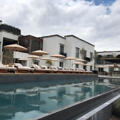 Infinity Pool by FM ARQUITECTOS