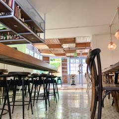 RESTAURANTE : Restaurantes de estilo  por RARQ