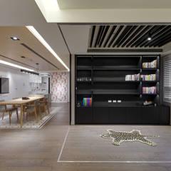 Estudios y oficinas de estilo  por 邑舍室內裝修設計工程有限公司
