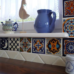 Small kitchens by Cerames, Country Ceramic