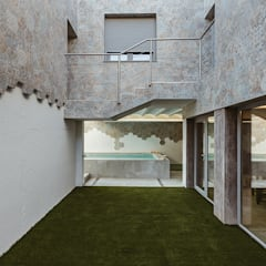 สวนหน้าบ้าน โดย OOIIO Arquitectura, โมเดิร์น เซรามิค