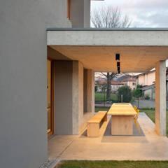 หน้าต่างไม้ by MIDE architetti