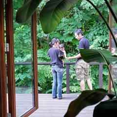 雑木林によりそう家 の 家と草木のアトリエ hausgras ハウスグラス オリジナル 木 木目調