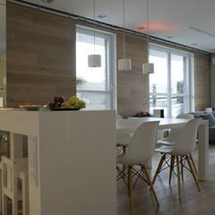 130m2 - żoliborz: styl , w kategorii Jadalnia zaprojektowany przez t design