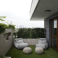 130m2 - żoliborz: styl , w kategorii Taras zaprojektowany przez t design