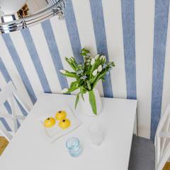 Projekt inspirowany stylem Hampton: styl , w kategorii Jadalnia zaprojektowany przez ZAWICKA-ID Projektowanie wnętrz