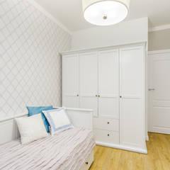 غرف نوم صغيرة تنفيذ ZAWICKA-ID Projektowanie wnętrz