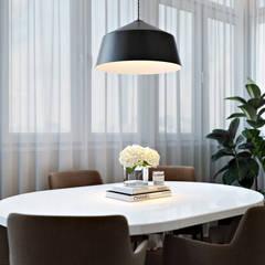 Квартира в ЖК «Лётчика Бабушкина 17» : Встроенные кухни в . Автор – 'INTSTYLE',