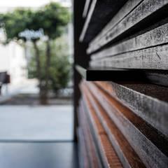 Eetkamer door Javier Chulvi. Arquitectura e Interiorismo