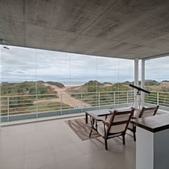 Tu Casa Soñada: Estudios y oficinas de estilo  por Palmeras Construcciones