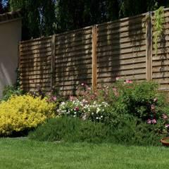 Aménagement bois: Jardin de style  par Constans Paysage, Moderne Bois Effet bois
