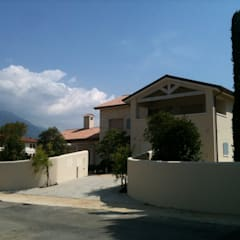 Casas unifamiliares de estilo  por Architetto Alberto Boesso