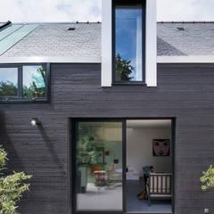 Lean-to roof by Créateurs d'Interieur, Modern