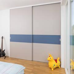 pintu geser by ASADA Schiebetüren und Möbel nach Maß - Ulrich Schablowsky