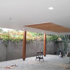 Diseño y construcción de Cobertizo - Juan Jara: Techos planos de estilo  por eco cero