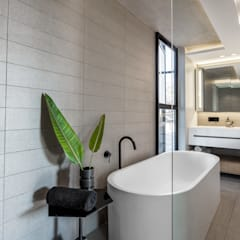 152 Waterkant :  Bathroom by GSQUARED architects, Minimalist