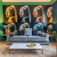 apartament w sercu miasta w kolorach green: styl , w kategorii Hotele zaprojektowany przez livinghome wnętrza Katarzyna Sybilska