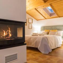 Kleines Schlafzimmer von Arte y Vida Arquitectura