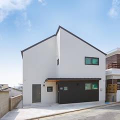공간제작소의 박공지붕 주택은?: 공간제작소(주)의  조립식 주택
