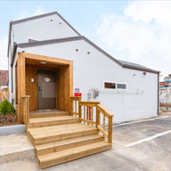 공간제작소의 박공지붕 주택은?: 공간제작소(주)의  목조 주택
