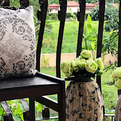 Fabulous Vacation House with a Flair – Tagaytay:  Balcony by SNS Lush Designs and Home Decor Consultancy