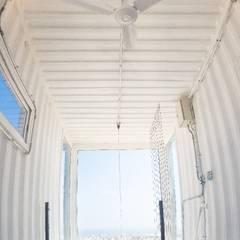 MRH Arquitectosが手掛けた小さな寝室