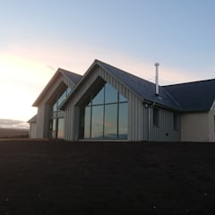 New House -  Angus Glens:  Country house by Architects Scotland Ltd,