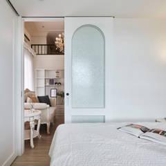 Petites chambres de style  par 酒窩設計 Dimple Interior Design