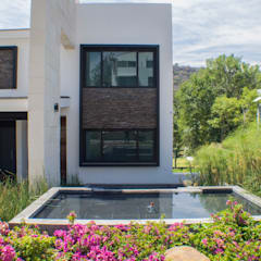 Estanques de jardín de estilo  por Excelencia en Diseño, Minimalista