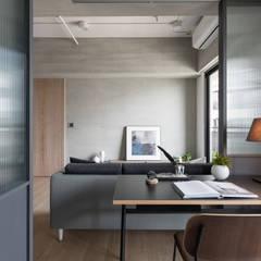 H°:  書房/辦公室 by 寓子設計,