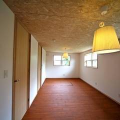 Teen bedroom by 株式会社高野設計工房