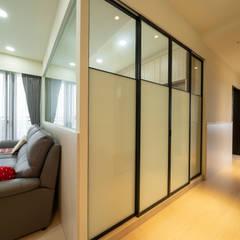 Sliding doors by 藏私系統傢俱