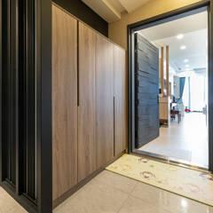25坪簡約紓壓北歐風|收納機能強大的好宅:  房子 by 藏私系統傢俱