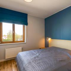 Surowe wnętrza: styl , w kategorii Sypialnia zaprojektowany przez Perfect Space