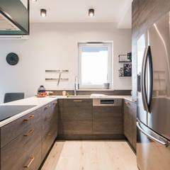 : styl , w kategorii Aneks kuchenny zaprojektowany przez KODO projekty i realizacje wnętrz