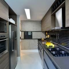 Armarios de cocinas de estilo  por BG arquitetura | Projetos Comerciais,