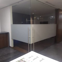 TORRE BQ : Edificios de Oficinas de estilo  por vertikal