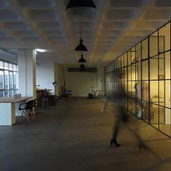 Cowork LAB - Marvila, Lisboa: Escritórios e Espaços de trabalho  por FMO ARCHITECTURE,Industrial