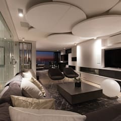 House Ocean View 331 Fresnaye:  Media room by KMMA architects,