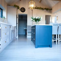 Kitchen units by The White Kitchen Company