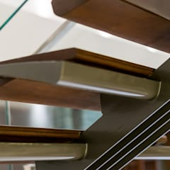 Residence of Mr Rohit Patel:  Stairs by Architects at Work