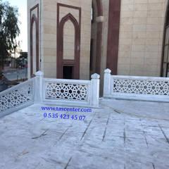 Taşcenter Acarlıoğlu Doğal Taş Dekorasyon – Marmara mermeri kafes korkuluk yapımı:  tarz Etkinlik merkezleri