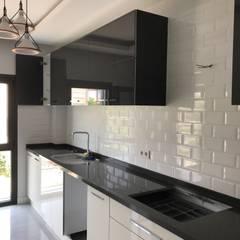 Orby İnşaat Mimarlık – Loca Efes Projesi:  tarz Ankastre mutfaklar