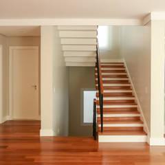 Stairs by Lozí - Projeto e Obra,