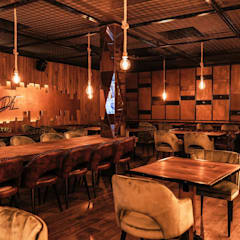Industrial style gastronomy by Traço M - Arquitectura Industrial Wood Wood effect