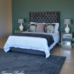 Guest room :  Bedroom by Tamsyn Fowler Interiors, Modern