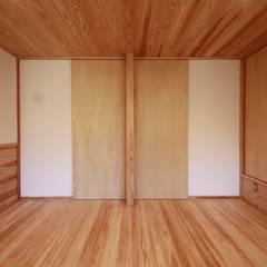 Nursery/kid's room by 田村建築設計工房