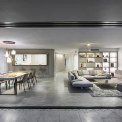 Living room by TM Italia, Modern